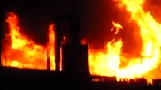 Пожар в Перник Мошино зад бившия домостроителен комбинат гори цех