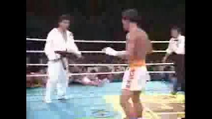 !!ново!!taekwondo vs kickbox ? кое изкуство е по - добро ?