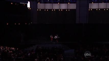 Джъстин Бийбър изпълнява As Long As You Love me и Beauty and a Beat на Ama награди