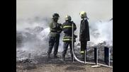 В двора на пловдивски цех горяха пластмасови отпадъци