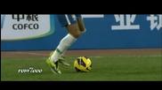 Неймар скри топката на защитника