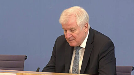 Germany: Seehofer supports domestic security service's consideration to monitor Querdenken