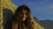 Сексапилната Кели Брук гореща плажна фотосесия
