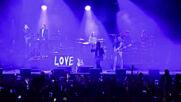 Експеримент събра 5000 души на концерт в Ливърпул без маски и дистанция
