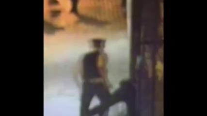 Спъваш престъпник докато бяга от полицията, обявяват те за герой