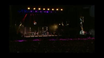 Rihanna - Cheers [live]