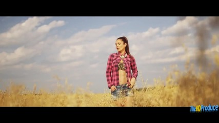 *превод Kourosh Tazmini feat. Ellie White - Feel [ Official H D Video ]