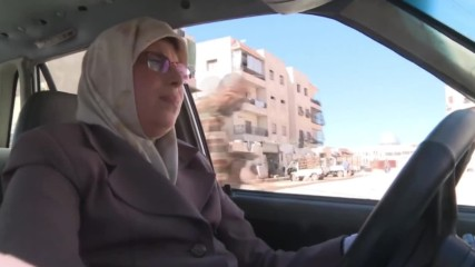 Syria: Take a ride with Aleppo's only taxi-driving grandmother