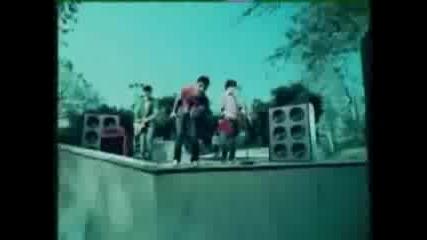 Jonas Brothers - American Dragon Theme Song Vbox7