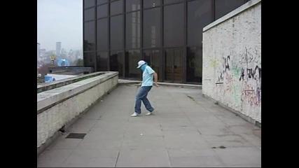 C - Walk Lil Thug.flv