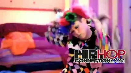 New 2010 Rihanna Ft David Guetta - Who s That Chick + Линк за теглене