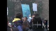 Учени поискаха от премиера Бойко Борисов да освободи министъра на образованието Сергей Игнатов