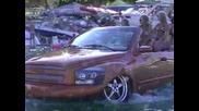Кола която върви по суша и вода ! Уникат !