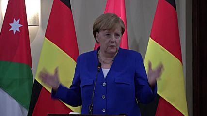 Jordan: 'We urgently need solutions' to Mid. East problems - Merkel meets King Abdullah