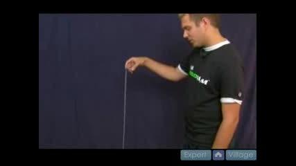 How To Do Advanced Yo - Yo Tricks : How To Do The Plastic Whip Yo - Yo Trick