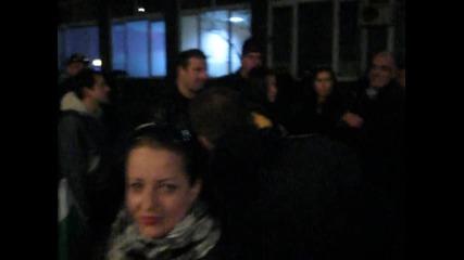 Протестиращи отидоха пред Бнт