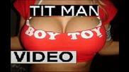 Tit Man Video 19 жена лилипут танцува по бански