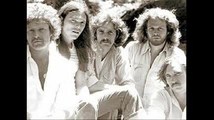 Eagles - Hotel California ( Lyrics )