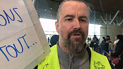 France: Yellow Vests flood Charles de Gaulle Airport protesting privatisation