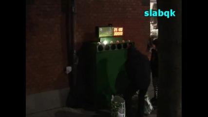 Невероятно кошче за боклук превърнат в игра - Смях