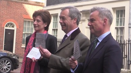 UK: Farage returns Cameron's pro-EU 'propaganda' to No. 10 Downing St