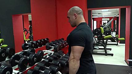 Разтваряния на дъмбели встрани - Атанас Николаев