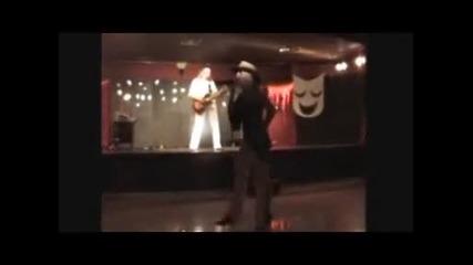 Спаркъл Шоу-'that Don't Impress Me Much'- на живо-2010