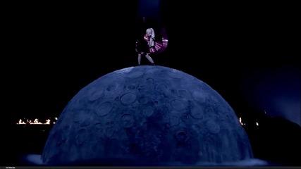 Lady Gaga - Marry The Night ( Live on Mtv Ema 2011) Hd (високо Качество) 1080p