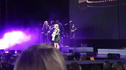 Demi Lovato - Catch Me & Dont Forget - Camp Rock Tour 2010