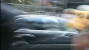 Луда жена всява хаос по Нюйоркските улици