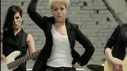 Поли Генова - На инат ( Официално видео) 2011