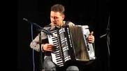 Тончо Тонев - акордеон