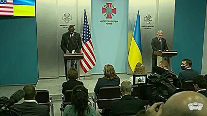 Ukraine: US support for Ukrainian sovereignty 'unwavering' says DefSec Austin