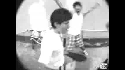 Beastie Boys vs Lightning Seeds - You Showed Me To Hit It