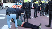 Netherlands: Police arrest Extinction Rebellion activists at Amsterdam protest