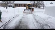 Канадска машина за почистване на сняг от улицата