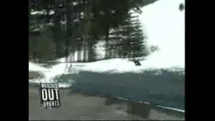 !!! Камион Размазва Сноубордист