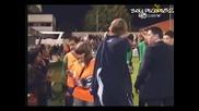 Среден пръст от звезда на Реал за публиката на Алкоркон