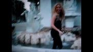 N E W video Shakira - Loka