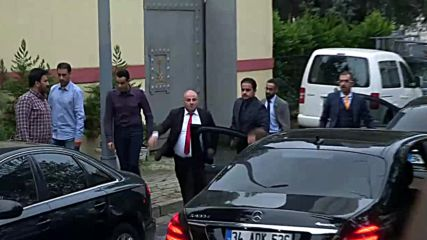 Turkey: Group enters Saudi Consulate as Khashoggi probe expected