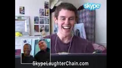 Смях! Скайп верига от смеещи се хора.