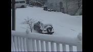 Ето какво се случва, когато не се изчисти снега на време в щатите!
