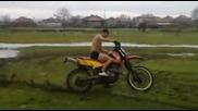 Луд вилнее с мотор в калта по боксерки !