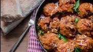 Goodlife: Кюфтета от пилешко месо с доматен сос