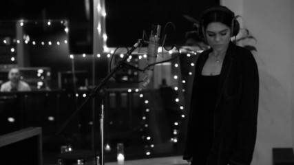 Jessie J - Queen (Оfficial video)
