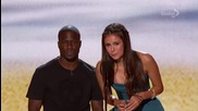Нина Добрев и Селена Гомез - Teen Choice Awards 2012