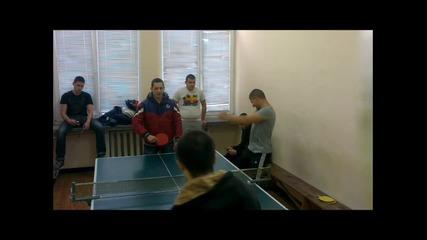 Българска версия! Harlem Shake - Crazy boys in the school