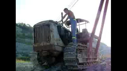 Запалване на трактор Д-108 с пусков двигател