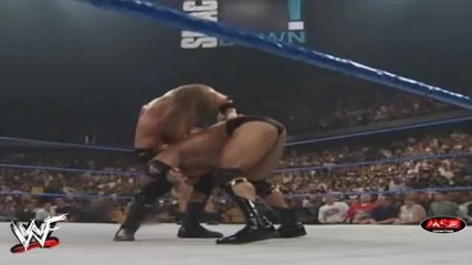 Wwf - Shawn Michaels прави Sweet Chin Music на The Rock