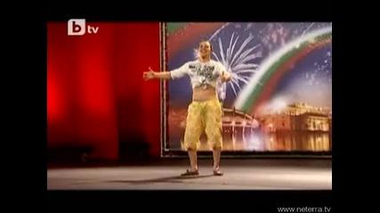 Момче от Пловдив Вдигна Публиката На Крака - Бг Търси Талант 23 03. 10 - Страхотен Талант Vbox7